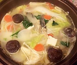 三文鱼鳍汤的做法