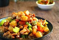 鸡丁炒土豆的做法