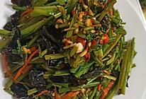 蒜薹木耳凉拌香菜的做法