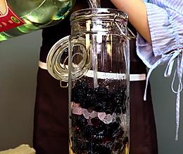 对女性非常友好的桑葚酒,补血补肾美容养颜的做法