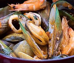 适合冬天的海鲜大餐,这做法简单!的做法