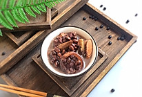 温和滋补: 牛大力黑豆猪尾巴汤的做法