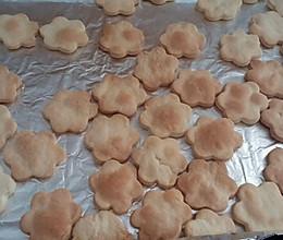 宝宝的小饼干:少糖快手小饼干的做法