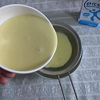 牛奶鸡蛋布丁/牛奶鸡蛋羹的做法图解2
