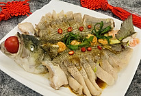 #福气年夜菜#清蒸鲈鱼的做法