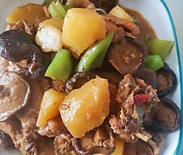 香菇土豆炖鸡的做法