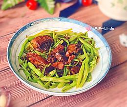卤鸭炒扁豆丝的做法