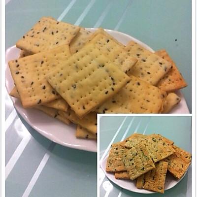 比太平苏打还酥脆的无糖零食——芝香千层苏打饼干(葱香味)