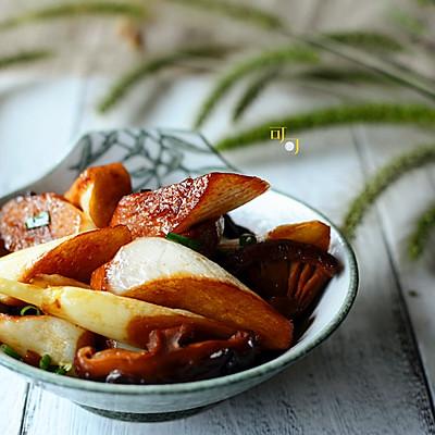 香菇焖茭白:一碗赛荤菜的素菜