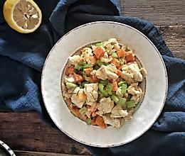 低卡减肥—柠檬香滑鸡肉的做法