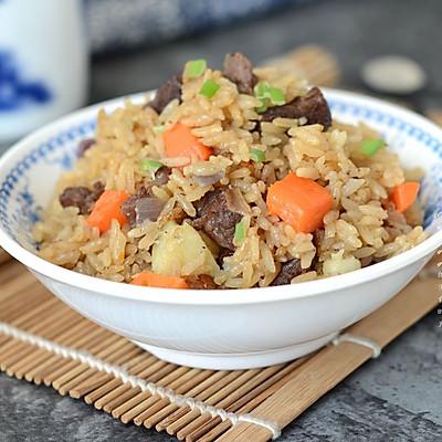 土豆牛肉焖饭