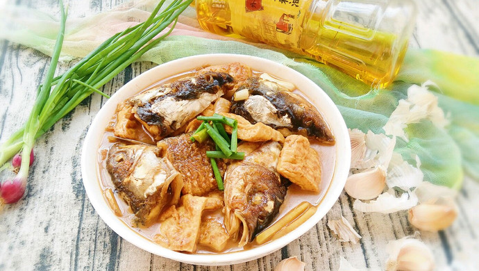 【新品】鱼头焖豆腐
