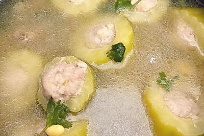 黄豆苦瓜肉末排骨汤