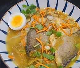 #下饭红烧菜#酸菜酱小黄鱼米线的做法