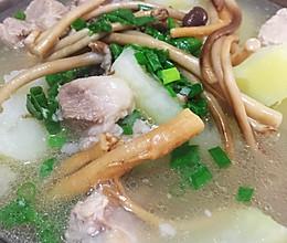 ~清炖排骨 味极鲜的茶树菇党参排骨汤 ~的做法