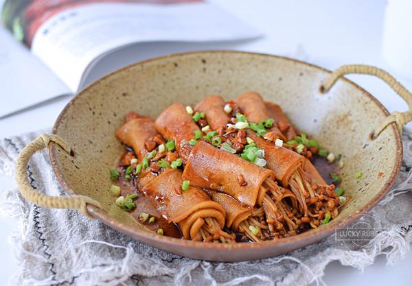百叶卷金针菇,下饭必备的做法