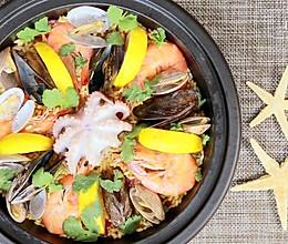 西班牙海鲜饭,以食取暖是基本技能。的做法