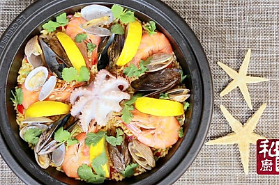 西班牙海鲜饭,以食取暖是基本技能。