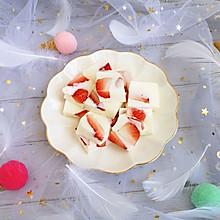 草莓酸奶布丁 满足你的少女心