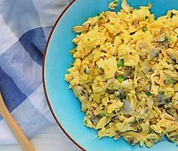 吃花蛤不吐壳,花蛤肉煎蛋来一盘!的做法