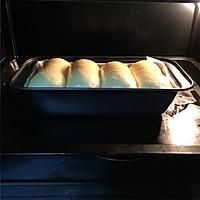 奶香味十足的吐司面包,面包机和面保证出膜的做法图解11