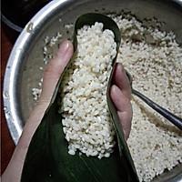 菜鸟也能包粽子:五香鲜肉粽的做法图解8
