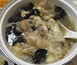 黄豆蹄膀汤的做法
