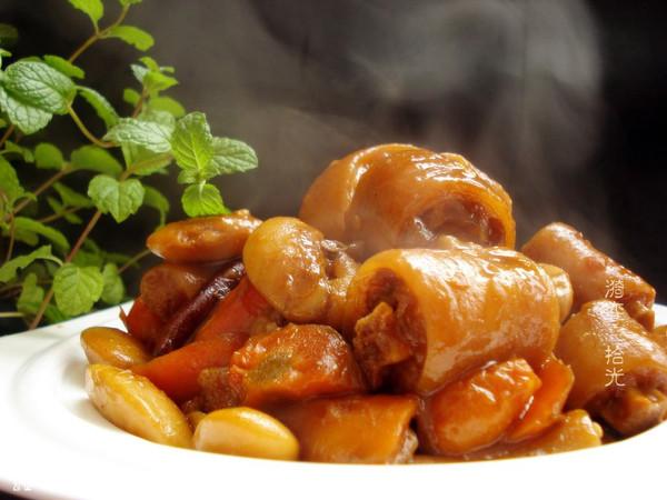 芸豆焖猪尾巴的做法