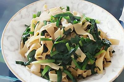 韭菜炒千張~(韭菜炒干豆腐)(干豆腐炒韭菜)水嫩嫩