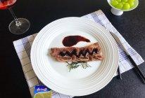 """#2021创意料理组——创意""""食""""光#香煎牛排的做法"""