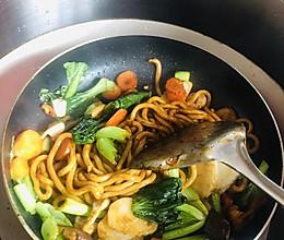超级好吃的日式炒乌冬面!!的做法