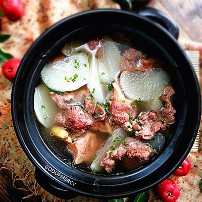 炖出来的冬日风情--清炖羊肉萝卜汤
