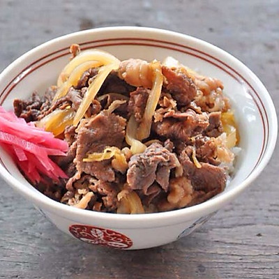 牛丼(日式牛肉饭)