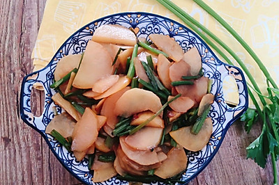 素炒土豆片芹菜