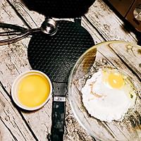 【福利】香酥蛋卷 渣掉一地#厉害了我的零食#的做法图解2