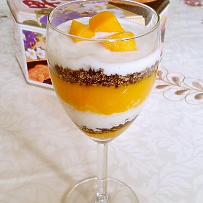 夏日甜品——芒果酸奶杯