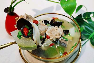 【菌臨天下】菌菇入湯天天抗癌?冬瓜小排湯?蜜桃愛營養師私廚