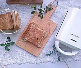 #好吃不上火#蟹棒肉松三明治#麦子厨房早餐机#的做法