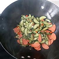 #花10分钟,做一道菜!#火腿肠炒黄瓜的做法图解8