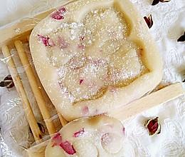 玫瑰冰皮月饼(简单版)#厉害了我的零食#的做法
