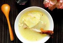 香醇鸭架汤的做法