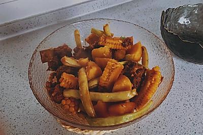 一锅鲜——排骨土豆玉米炖豆角