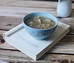 银耳海底椰鸡汤的做法