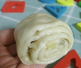 百吃不厌的油酥花卷的做法