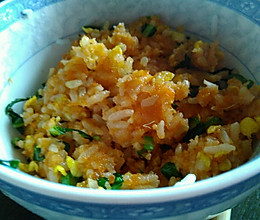 用料十足的海胆炒饭的做法
