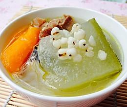 夏季消暑必备--健脾胃祛湿的猪骨冬瓜汤的做法