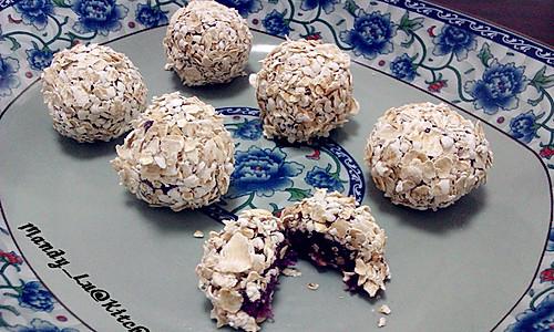 藕粉紫薯燕麦球的做法