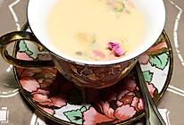 奶茶玫瑰露的做法