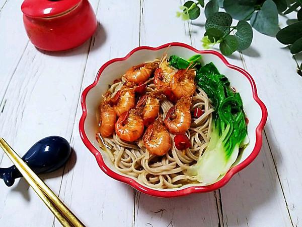 超级减脂餐~大虾荞麦面的做法