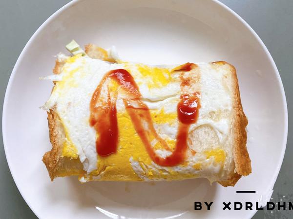 【火爆韩国街头的人气小吃❗️】奶酪鸡蛋吐司第二弹‼️的做法